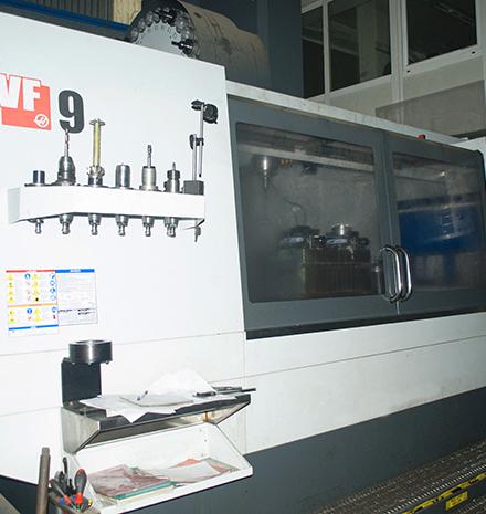 Centro de mecanizado Haas VF-9