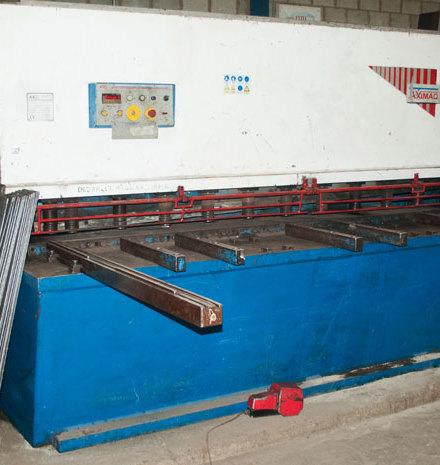 Cizalla Aximaq P-1630