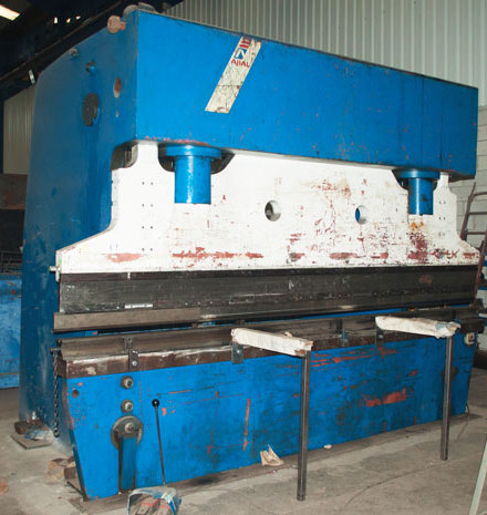 Ajial 300T 3M Bending Machine